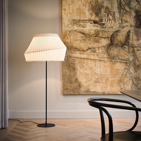 Vanderlindeinterieur_sfeerfoto_Hollands Licht ua pleat floor