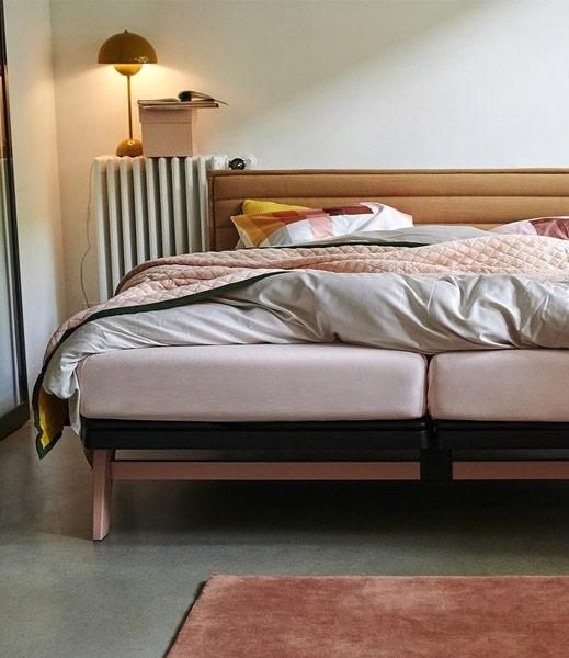 Pop beeld original blush Auping bed matras boxspring beddengoed dekbedovertrek beddenbodem vanderlindeinterieur